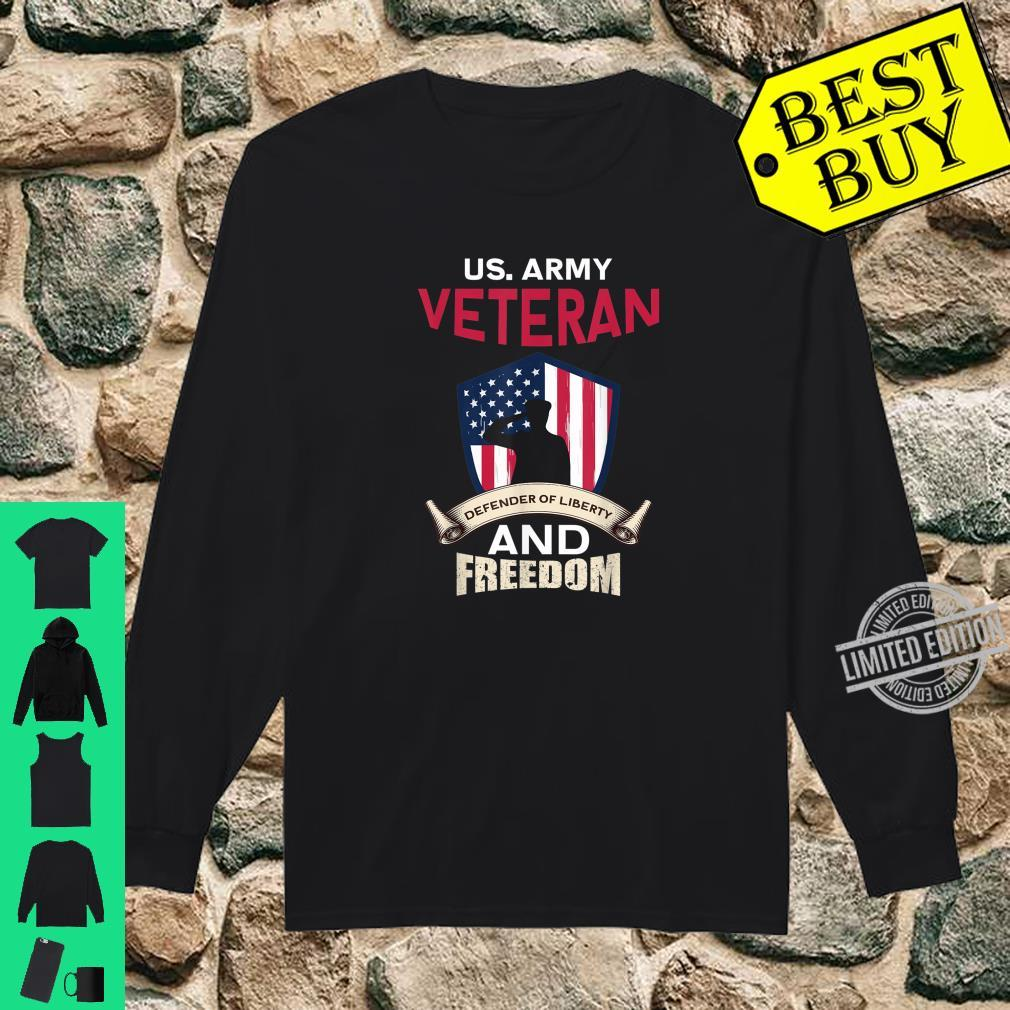 Mens US Army Veteran Defender Of Liberty And Freedom Soldier Shirt long sleeved